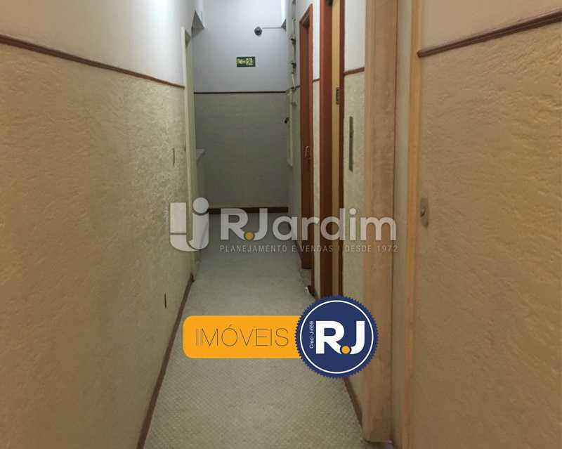 Corredor - Apartamento À Venda - Leblon - Rio de Janeiro - RJ - LAAP10383 - 27