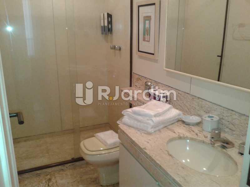 WC suíte - Flat Para Alugar - Ipanema - Rio de Janeiro - RJ - LAFL20094 - 9