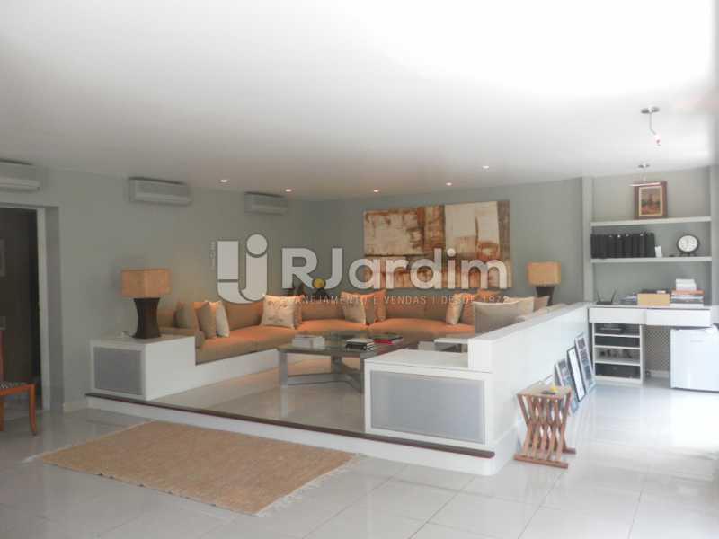 Sala de estar  - Casa à venda Rua Cosme Velho,Cosme Velho, Zona Sul,Rio de Janeiro - R$ 6.500.000 - LACA40047 - 7