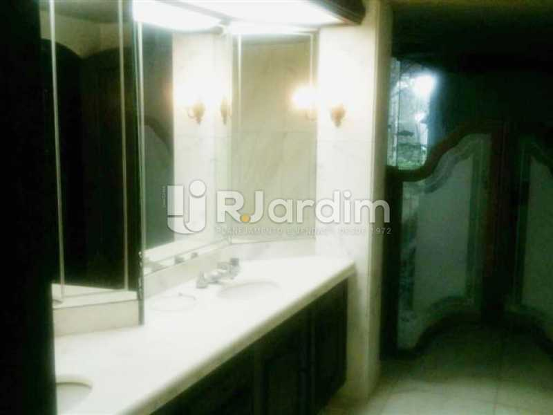 banheiro da suíte - Casa Rua Senador Simonsen,Jardim Botânico, Zona Sul,Rio de Janeiro, RJ À Venda, 6 Quartos, 2000m² - BGCA60001 - 24