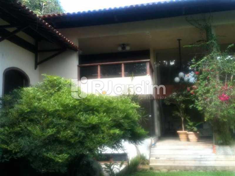 vista lateral da casa - Casa Rua Senador Simonsen,Jardim Botânico, Zona Sul,Rio de Janeiro, RJ À Venda, 6 Quartos, 2000m² - BGCA60001 - 1