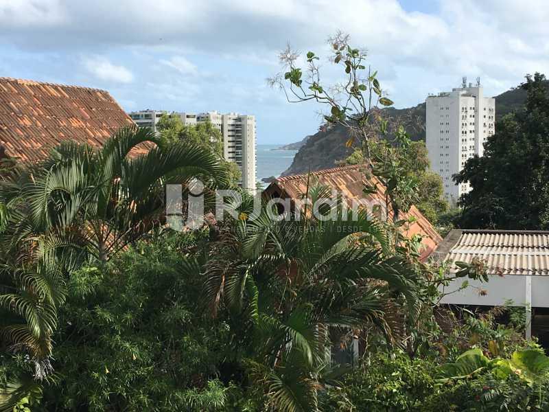 Vista Fundos - Casa em Condomínio À Venda Rua Professor Mikan,São Conrado, Zona Sul,Rio de Janeiro - R$ 1.550.000 - LACN30007 - 29