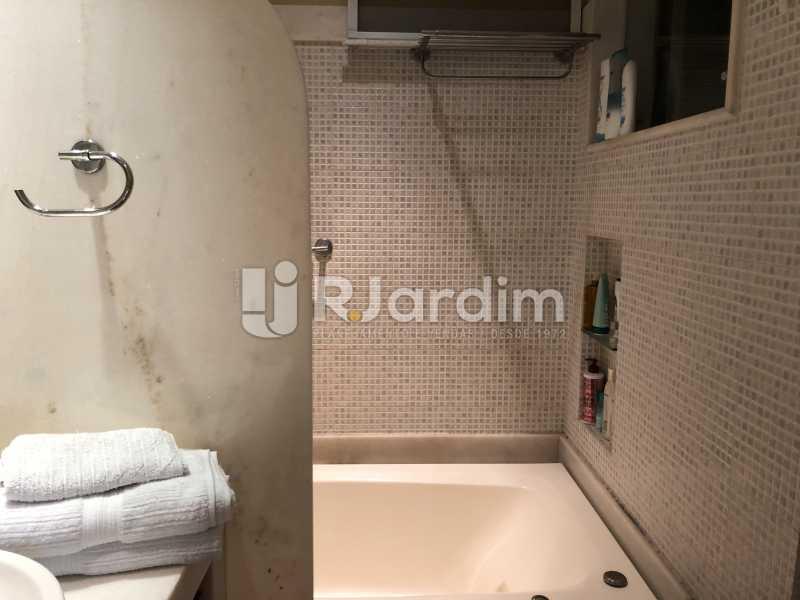 Banheiro social - Apartamento à venda Rua General Rabelo,Gávea, Zona Sul,Rio de Janeiro - R$ 1.380.000 - LAAP21571 - 17