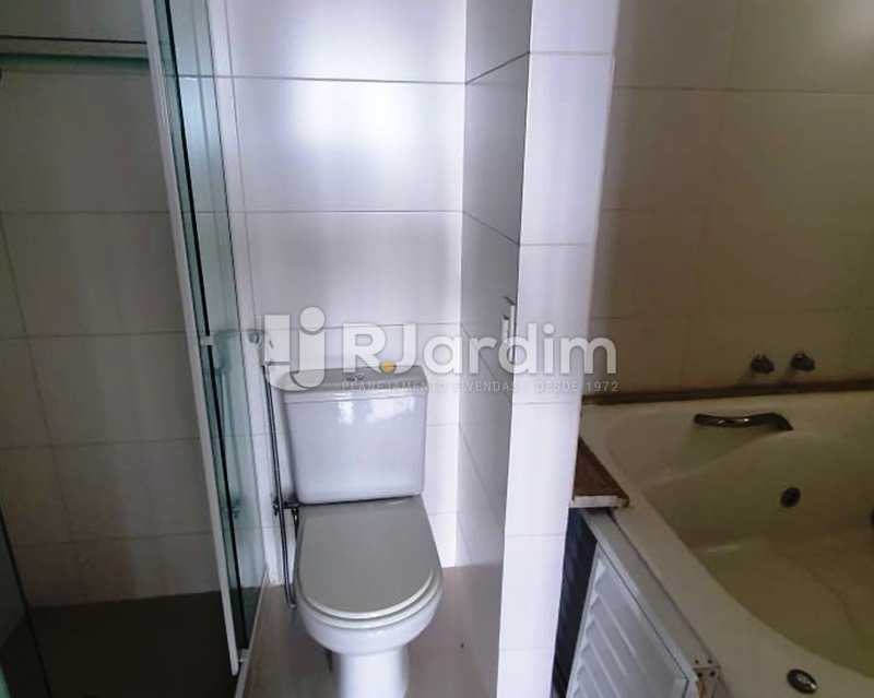 Banheiro da suite - Apartamento À Venda - Laranjeiras - Rio de Janeiro - RJ - LAAP32192 - 27