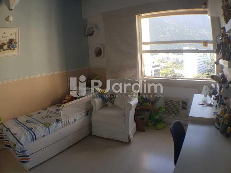 Quarto - Apartamento à venda Avenida Lineu de Paula Machado,Jardim Botânico, Zona Sul,Rio de Janeiro - R$ 2.380.000 - LAAP32193 - 9
