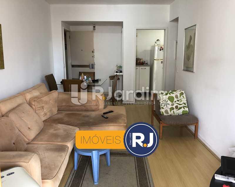 Sala - Flat Rua Professor Azevedo Marques,Leblon, Zona Sul,Rio de Janeiro, RJ À Venda, 1 Quarto, 56m² - LAFL10100 - 16