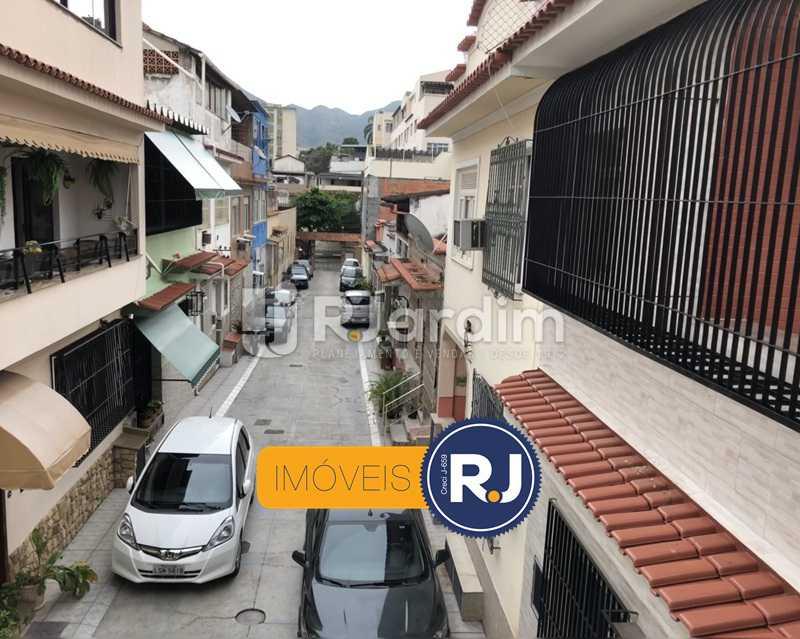 Vista da vila - Casa de Vila Rua Mendes Tavares,Vila Isabel, Zona Norte - Grande Tijuca,Rio de Janeiro, RJ À Venda, 3 Quartos, 185m² - LACV30010 - 1