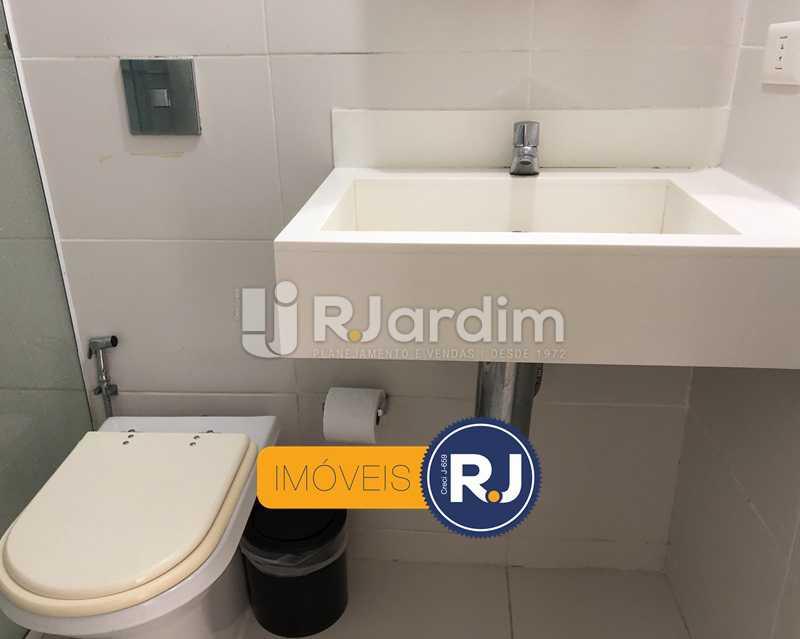 Banheiro - Kitnet/Conjugado À Venda - Leblon - Rio de Janeiro - RJ - LAKI10045 - 16