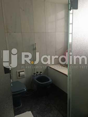 banheiro 1 - Apartamento À Venda - Copacabana - Rio de Janeiro - RJ - LAAP40813 - 15