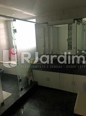 banheiro 1 - Apartamento À Venda - Copacabana - Rio de Janeiro - RJ - LAAP40813 - 16