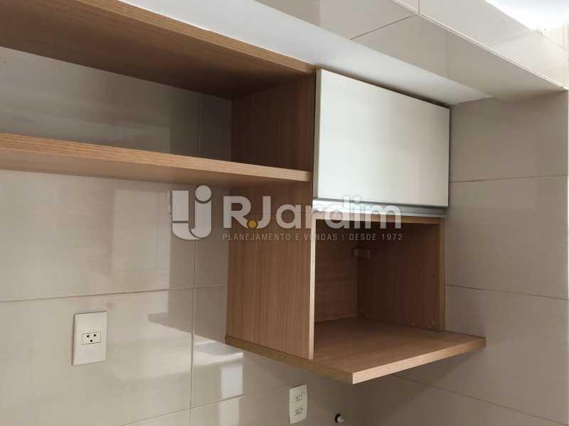 Cozinha - Apartamento Rua Visconde de Silva,Botafogo, Zona Sul,Rio de Janeiro, RJ À Venda, 3 Quartos, 102m² - LAAP32223 - 27