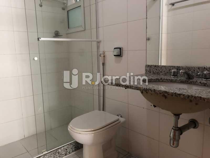 Banheiro suíte - Apartamento Rua Visconde de Silva,Botafogo, Zona Sul,Rio de Janeiro, RJ À Venda, 3 Quartos, 102m² - LAAP32223 - 10