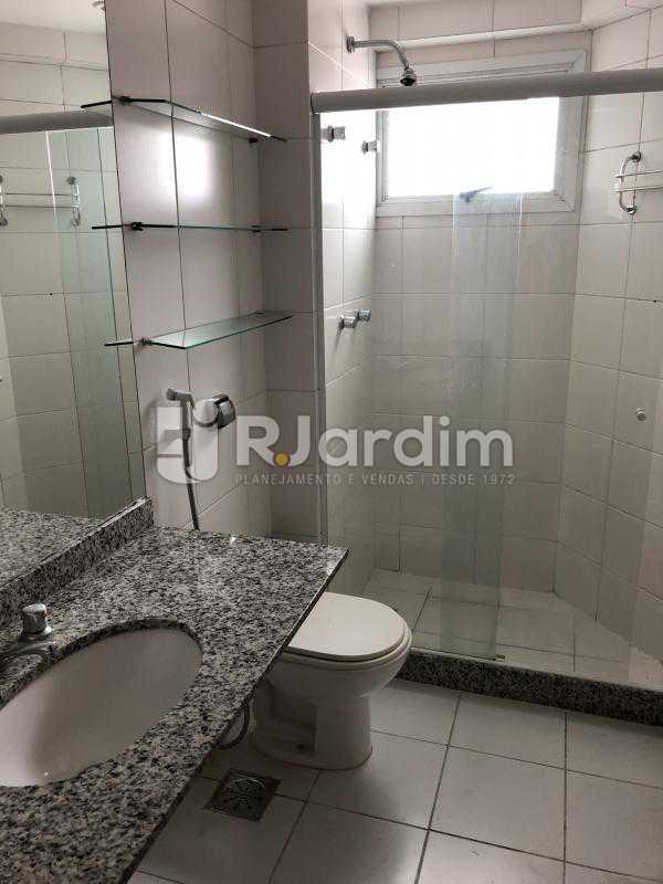 Banheiro social - Apartamento Rua Visconde de Silva,Botafogo, Zona Sul,Rio de Janeiro, RJ À Venda, 3 Quartos, 102m² - LAAP32223 - 19