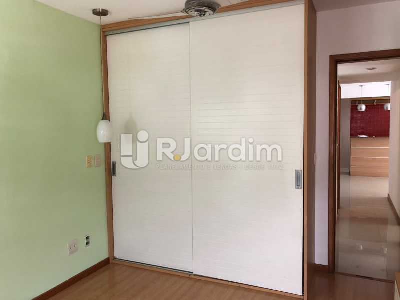 Suíte - Apartamento Rua Visconde de Silva,Botafogo, Zona Sul,Rio de Janeiro, RJ À Venda, 3 Quartos, 102m² - LAAP32223 - 8