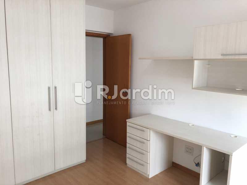 Quarto - Apartamento Rua Visconde de Silva,Botafogo, Zona Sul,Rio de Janeiro, RJ À Venda, 3 Quartos, 102m² - LAAP32223 - 16