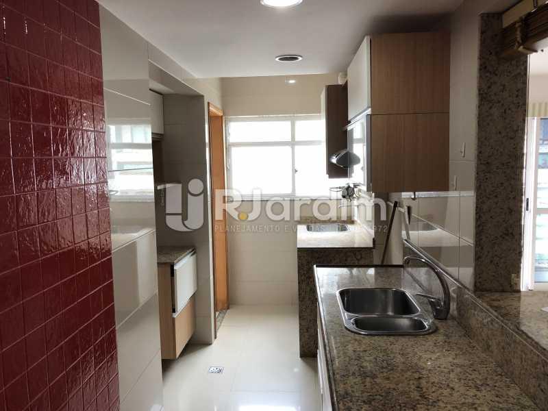 Cozinha - Apartamento Rua Visconde de Silva,Botafogo, Zona Sul,Rio de Janeiro, RJ À Venda, 3 Quartos, 102m² - LAAP32223 - 23