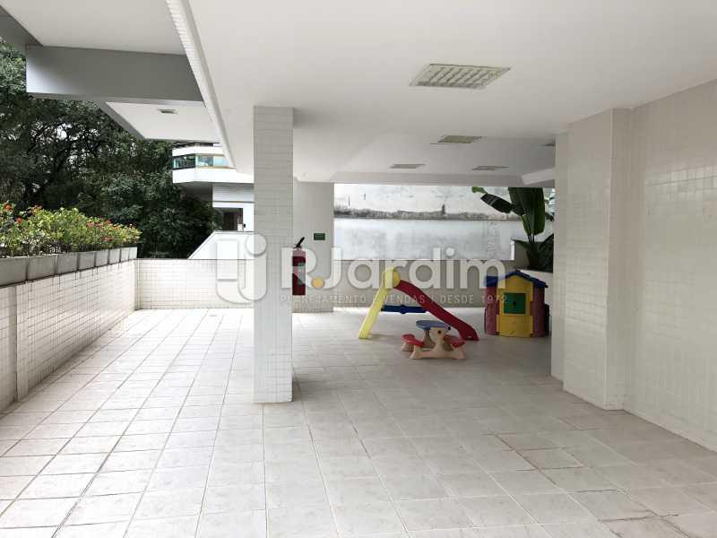 Playground - Apartamento Rua Visconde de Silva,Botafogo, Zona Sul,Rio de Janeiro, RJ À Venda, 3 Quartos, 102m² - LAAP32223 - 29