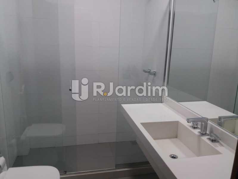 Banheiro social - Apartamento À Venda - Ipanema - Rio de Janeiro - RJ - LAAP32230 - 14