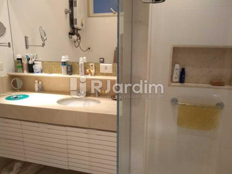 banheiro / suíte  - Apartamento À Venda - Ipanema - Rio de Janeiro - RJ - LAAP32233 - 10