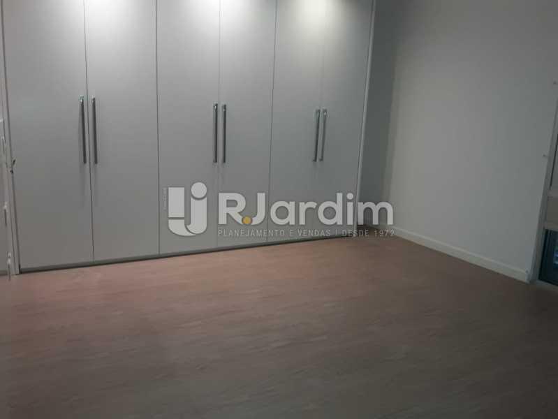Suíte/armários - Apartamento Para Alugar - Ipanema - Rio de Janeiro - RJ - LAAP32235 - 18