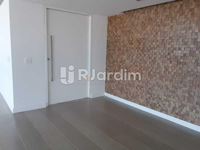 Continuação da sala - Apartamento Para Alugar - Ipanema - Rio de Janeiro - RJ - LAAP32235 - 3