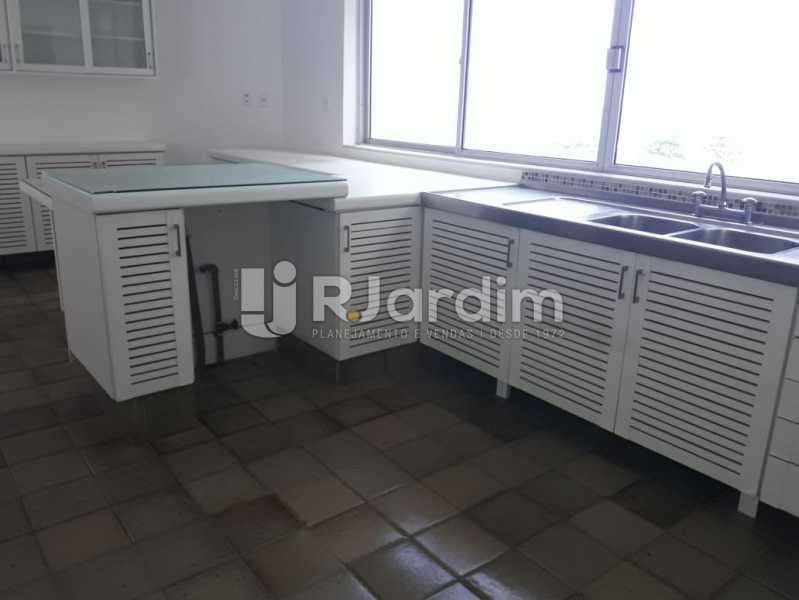 Continuação da cozinha - Apartamento Para Alugar - Ipanema - Rio de Janeiro - RJ - LAAP32235 - 24