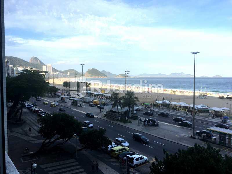 Vista Sala - Apartamento À Venda - Copacabana - Rio de Janeiro - RJ - LAAP32236 - 3