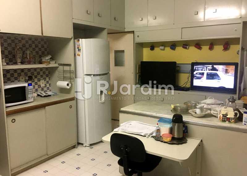 Cozinha - Apartamento À Venda - Copacabana - Rio de Janeiro - RJ - LAAP32236 - 16