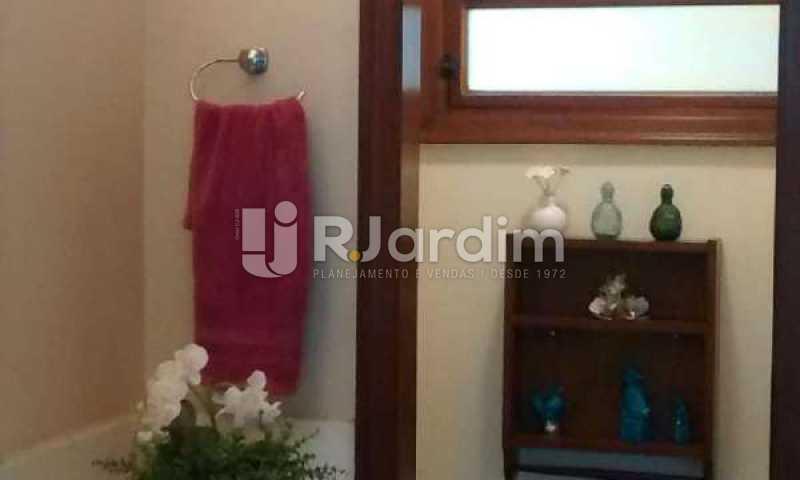 O LAVABO  - Casa Rua Engenheiro Alfredo Duarte,Jardim Botânico, Zona Sul,Rio de Janeiro, RJ Para Alugar, 4 Quartos, 530m² - LACA40051 - 18