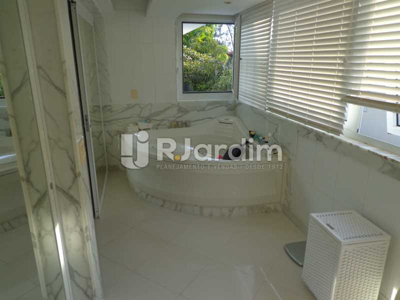 WC suíte - Casa em Condominio À Venda - Barra da Tijuca - Rio de Janeiro - RJ - LACN50012 - 24