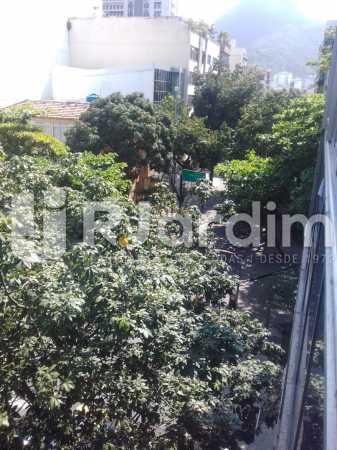 Vista da sala - Apartamento Leblon, Zona Sul,Rio de Janeiro, RJ À Venda, 3 Quartos, 106m² - LAAP32256 - 5