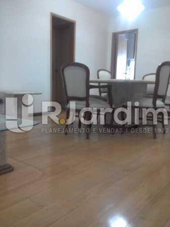 Continuação da sala - Apartamento Leblon, Zona Sul,Rio de Janeiro, RJ À Venda, 3 Quartos, 106m² - LAAP32256 - 4