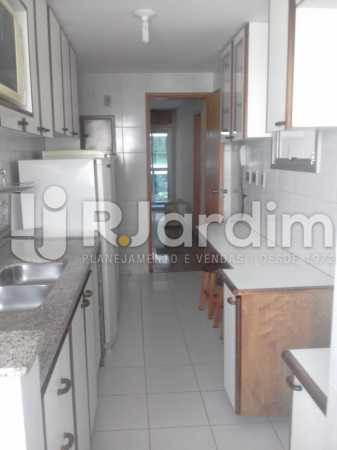 Cozinha planejada - Apartamento Leblon, Zona Sul,Rio de Janeiro, RJ À Venda, 3 Quartos, 106m² - LAAP32256 - 26