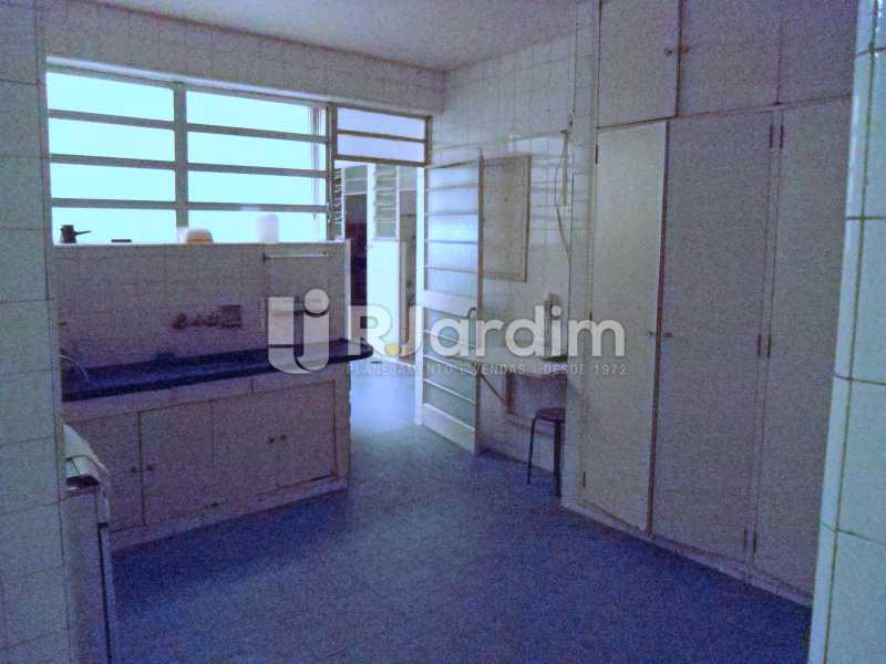 cozinha - Compra Venda Avaliação Imóveis Apartamento Copacabana 4 Quartos - LAAP40824 - 27