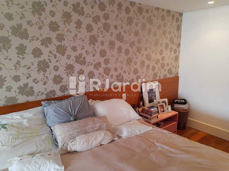 SUÍTE MASTER - Apartamento Barra da Tijuca 4 Quartos - LAAP40826 - 13