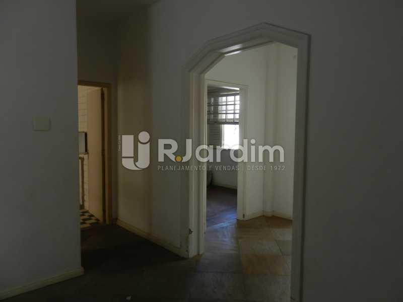 circulação - Casa Triplex Residencial Botafogo 5 Quartos Garagem Compra Venda Avaliação Imóveis - LACV50002 - 8