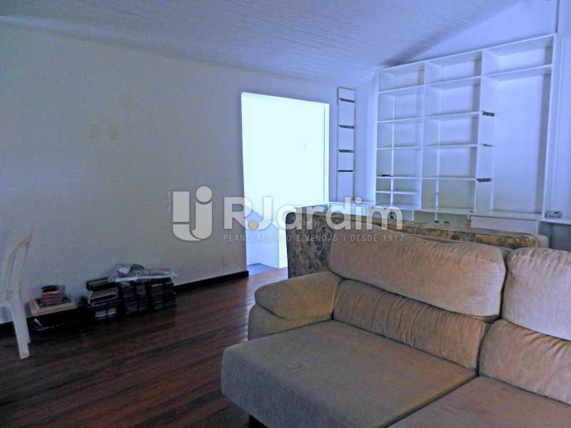 sala terraço - Casa Triplex Residencial Botafogo 5 Quartos Garagem Compra Venda Avaliação Imóveis - LACV50002 - 31