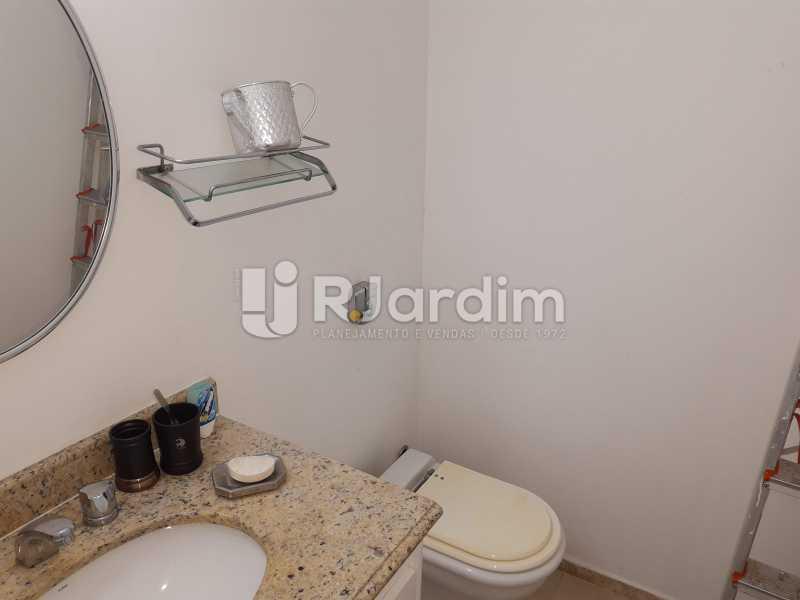 LAVABO - Apartamento Copacabana 4 Quartos Garagem - LAAP40830 - 12