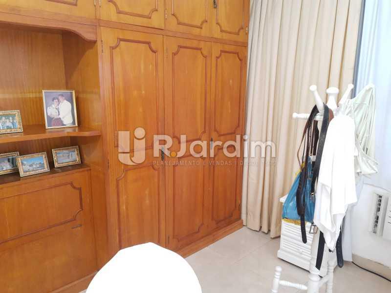 SUÍTE MASTER - Apartamento Copacabana 4 Quartos Garagem - LAAP40830 - 23