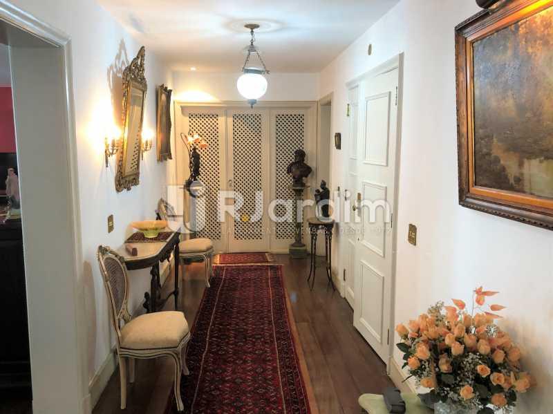 Circulação - Apartamento Rua Xavier da Silveira,Copacabana, Zona Sul,Rio de Janeiro, RJ À Venda, 4 Quartos, 356m² - LAAP40831 - 12