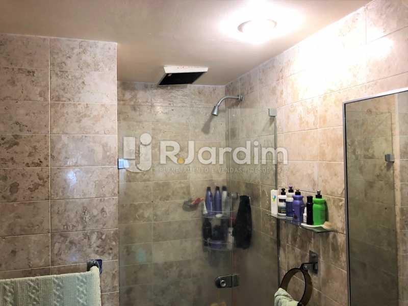 Banheiro suíte - Apartamento Rua Xavier da Silveira,Copacabana, Zona Sul,Rio de Janeiro, RJ À Venda, 4 Quartos, 356m² - LAAP40831 - 24