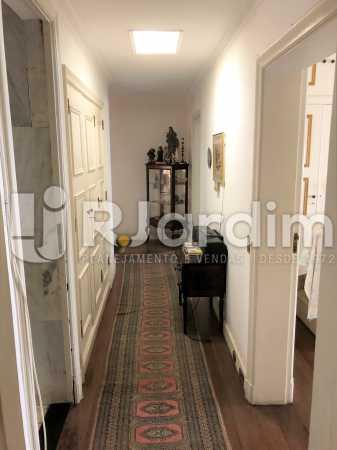 Circulação - Apartamento Rua Xavier da Silveira,Copacabana, Zona Sul,Rio de Janeiro, RJ À Venda, 4 Quartos, 356m² - LAAP40831 - 30