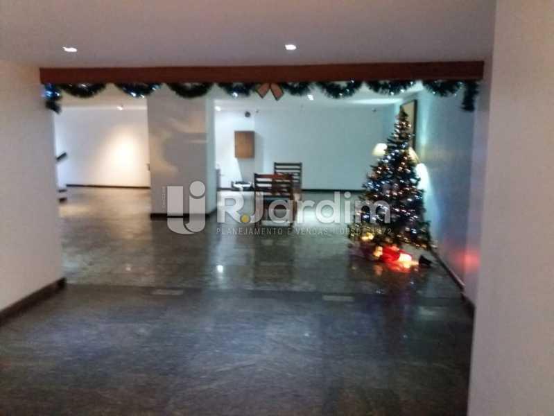 Hall Predio - Apartamento Rua Pinheiro Guimarães,Botafogo, Zona Sul,Rio de Janeiro, RJ À Venda, 2 Quartos, 86m² - LAAP21634 - 13