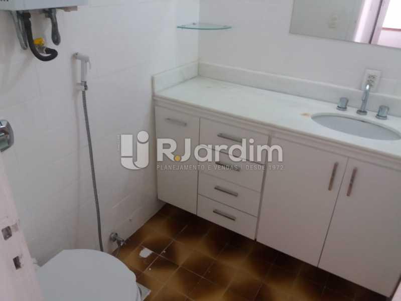 Banheiro suíte - Apartamento Rua Pinheiro Guimarães,Botafogo, Zona Sul,Rio de Janeiro, RJ À Venda, 2 Quartos, 86m² - LAAP21634 - 30