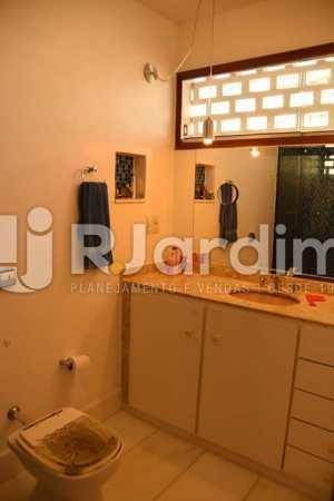 BANHEIRO SOCIAL - Apartamento À Venda - Ipanema - Rio de Janeiro - RJ - LAAP21636 - 15