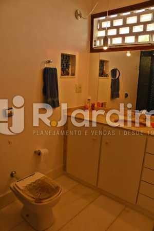 BANHEIRO SOCIAL - Apartamento À Venda - Ipanema - Rio de Janeiro - RJ - LAAP21636 - 16