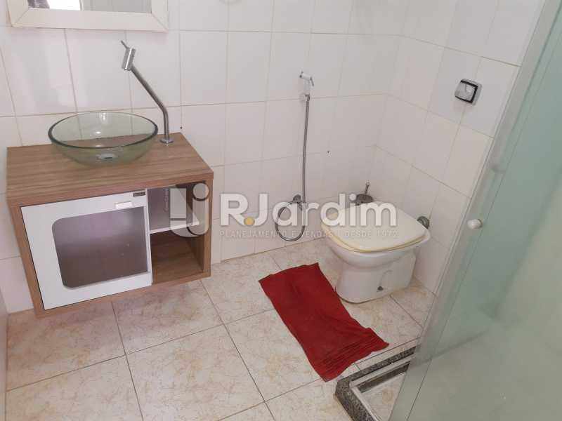 banheiro social - Apartamento Rua Santa Clara,Copacabana, Zona Sul,Rio de Janeiro, RJ À Venda, 3 Quartos, 120m² - LAAP32276 - 14