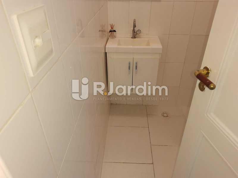 banheiro social - Apartamento Rua Santa Clara,Copacabana, Zona Sul,Rio de Janeiro, RJ À Venda, 3 Quartos, 120m² - LAAP32276 - 19