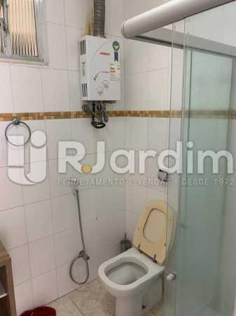 banheiro de social - Apartamento Rua Santa Clara,Copacabana, Zona Sul,Rio de Janeiro, RJ À Venda, 3 Quartos, 120m² - LAAP32276 - 25