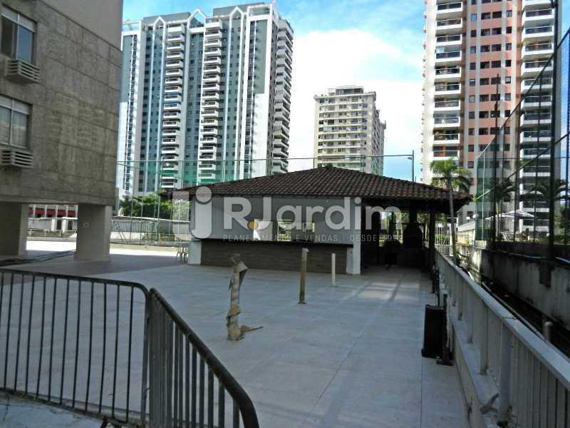 bar condomínio - Cobertura Duplex Barra da Tijuca 2 Quartos - LACO20112 - 27